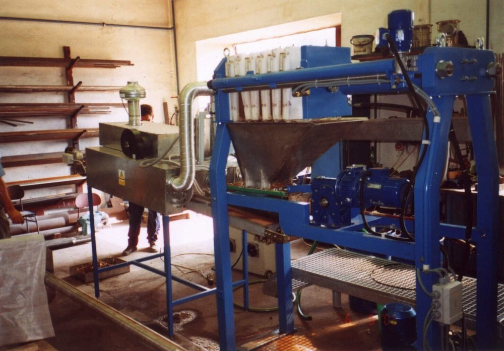 Jaslovske Bohunice<br />Experimental solution drying sludge in the microwave for Jaslovske Bohunice nuclear power plant.